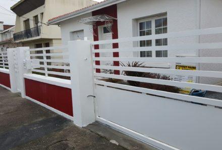 Portail coulissant, portillon, clôture en aluminium sur mesure.