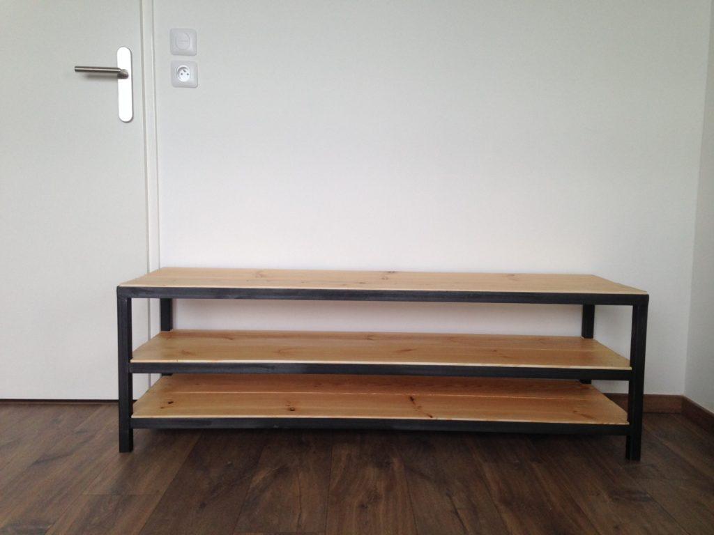 Meuble Tv métal & bois sur mesure finition ciré