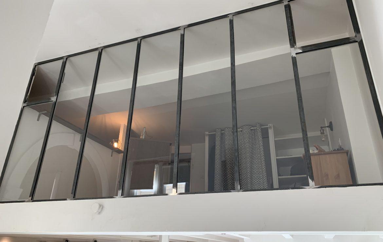 Verrière d'intérieur avec fenêtre sur mesure